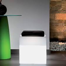 Leucht Würfel Comfy mit Kissen Viereckig 40x40X40 cm Licht vielfarbige LED Akku Ausstellungsstück